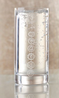 Chakra-Energie-Wasserglas