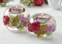 Teelichthalter aus Glas mit Echt-Blumen