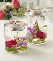 Teelichthalter aus Glas mit echten Blumen