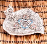 Räucherstäbchenhalter in außergewöhnlichen Herzform aus Weißmetall mit Steinintarsien